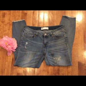 RSQ  jeans size 11 cropped women's
